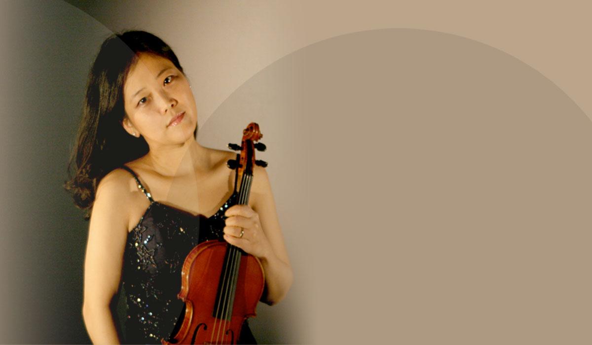 Munich Chamber Orchestra / Tibor Varga Orchestra - Symphony In A Major / Divertimento In D Major K.136